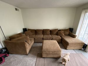Living room couch for Sale in Kennewick, WA