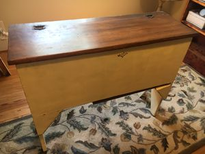 Vintage Cabinet for Sale in Knightdale, NC