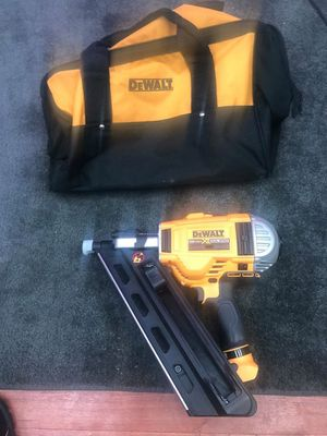 20-Volt MAX XR Lithium-Ion Cordless Brushless 2-Speed 30° Paper Collated Framing Nailer (Tool-Only) for Sale in Brooklyn, NY