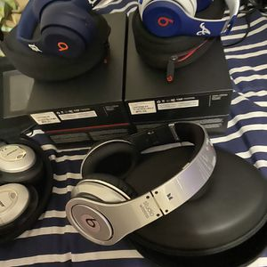 Beats By Dr Head And Bose for Sale in Fort Washington, MD