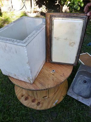 Vw camper iced box for Sale in Miami, FL