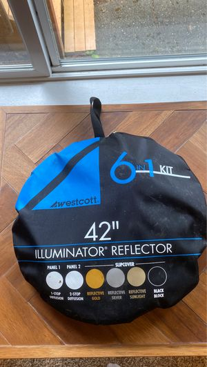 "Westcott 42"" 6 in 1 Illuminator and Reflector for Photography for Sale in Renton, WA"