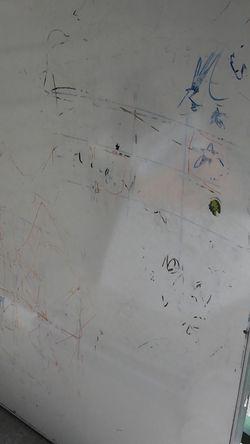 White Board Has Legs for Sale in Bellevue,  WA
