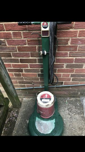 Excellent condition 3 in 1 20 speed Advance buffer ,scrubber, & Sander excellent condition great for small business or your own home asking for $200 for Sale in Rockville, MD