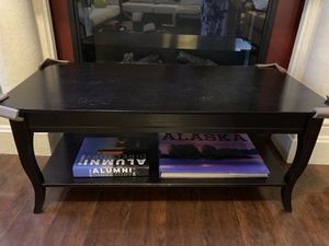 Coffee table for Sale in Clearwater, FL