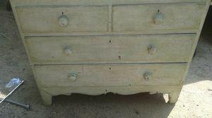 1800's Antique Dresser for Sale in Upper Marlboro, MD