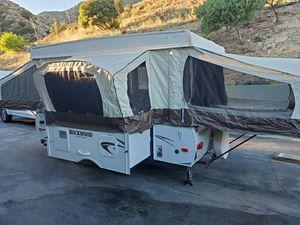 2013 forest river rockwood pop up camper for Sale in Tujunga, CA