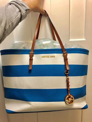 Michael Kors Tote for Sale in Beverly Hills, MI