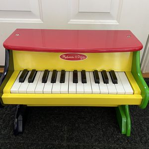 Piano - Melissa & Doug for Sale in Marlborough, CT