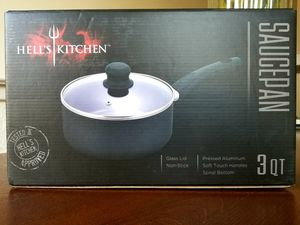 NEW 3 Quart Non-stick Saucepan for Sale in Pittsburg, CA