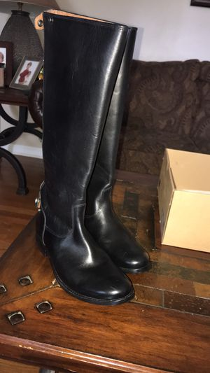 UGG W DALEY for Sale in Springfield, TN