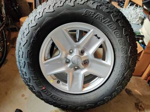 5 New Jeep Gladiator Sport S Wheels and Tires (245/75R17) for Sale in Orting, WA