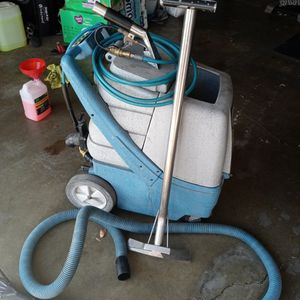 Carpet Cleaner machine for Sale in Riverside, CA