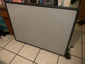 Large bulletin board Good condition for Sale in Clearwater, FL