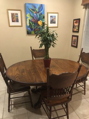 Solid Oak Wood Antique Table for Sale in Miami, FL