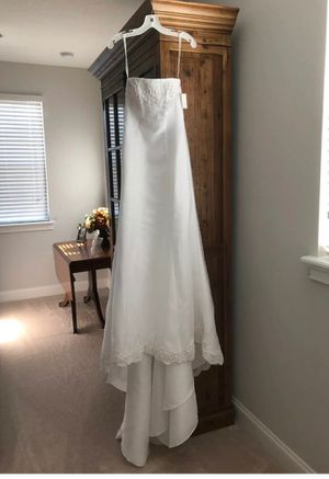 Michelangelo White Wedding Dress for Sale in Jacksonville, FL
