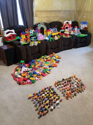 350+ little people sets and part for Sale in Saratoga Springs, UT