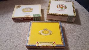 Three cigars boxes, approximately 30 years old, excellent condition for Sale in Chelan, WA