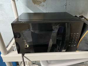 Amazon Basics Microwave for Sale in Wilmington, MA