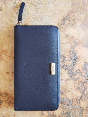 Kate Spade Zip Around Continental Wallet for Sale in Lemon Grove, CA