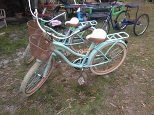 2 MATCHING HUFFY BIKES 75.00 EACH RIDES GREAT for Sale in Tampa, FL