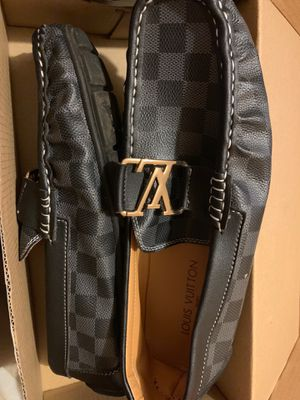 Louis vuitton loafers size 10 for Sale in Los Angeles, CA