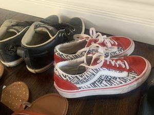5 pairs of shoes size 4.5 for Sale in Mesa, AZ