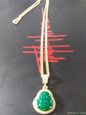 GOLD FILLED GREEN BUDDA PENDANT AND CHAIN for Sale in Houston, TX