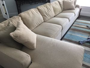 Natural Fiber Sectional with pull-out Sleeper for Sale in Pompano Beach, FL