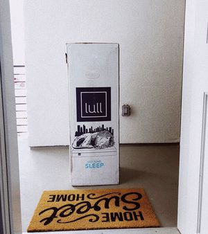 lull bed (king size) for Sale in Sanger, CA