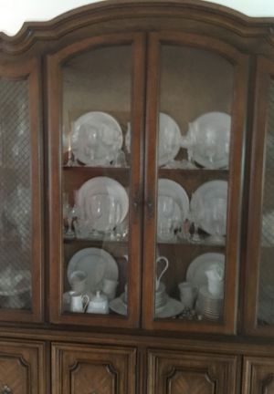 Like new China closet antique for Sale in Davie, FL
