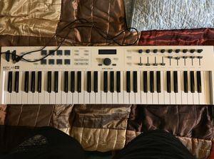 Arturia Midi Keyboard 61 Keys for Sale in Miami, FL