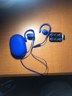 Powerbeats3 wireless headphones for Sale in Arlington, VA