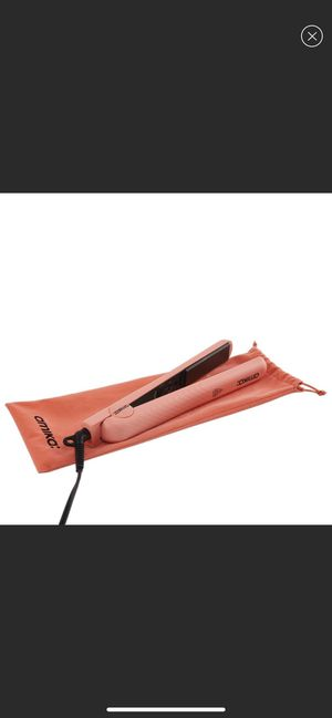 Amika hair straightener flat iron for Sale in West Bloomfield Township, MI