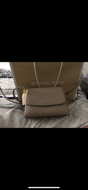 Michael kors purse for Sale in Mesquite, TX