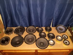 Lot of speakers for Sale in Murfreesboro, TN