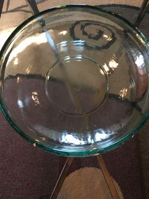 Round bowl for Sale in Warren, MI