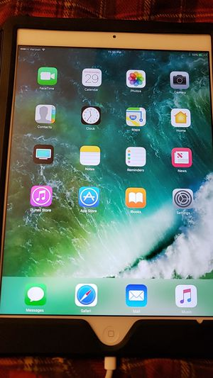 Apple iPad Air for Sale in Chillicothe, IL