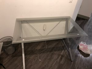 Office desk and chair for Sale in Phoenix, AZ