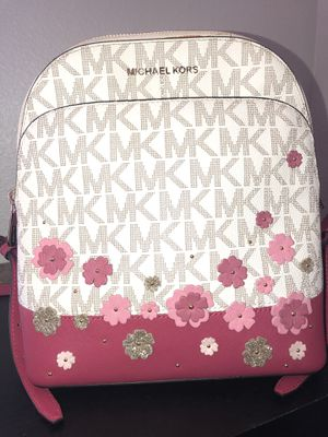 Michael Kors floral backpack for Sale in Atascadero, CA