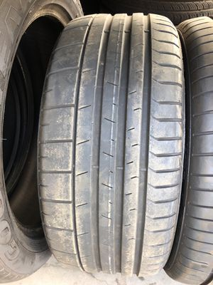 235/35/20 Pirelli tire for Sale in Los Angeles, CA
