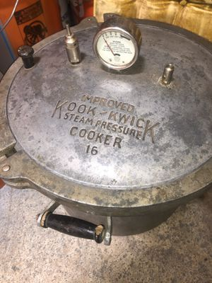 Kook kwick steam pressure cooker 16 for Sale in Tigard, OR