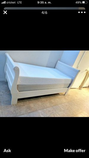 Twin bed frame and box spring included memory foam mattress for Sale in Mesa, AZ