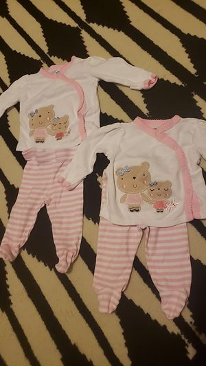 Newborn outfits for Sale in Summersville, WV