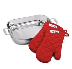 All Clad Lasagna Pan and Mitt for Sale in Portland, OR