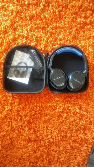 New Bluetooth Headphones 16 hours battery life for Sale in Smyrna, TN