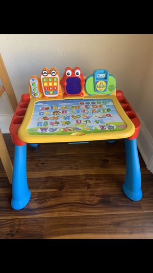 Bargain Deal!! Kids Vtech Touch and Learn Activity Desk Deluxe w/ Easel and Chalkboard Retail Price: $75+ for Sale in Los Angeles, CA