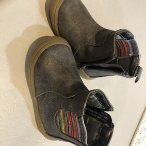 Cat & Jack Boots Size 4 Toddler for Sale in Mesa, AZ