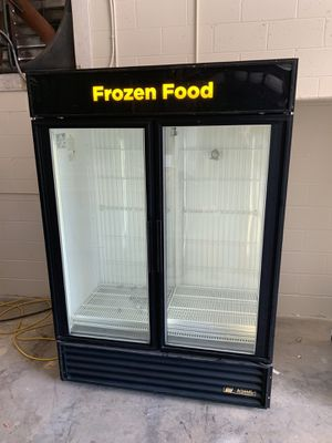 True Heavy Duty Freezer for Sale in Ocklawaha, FL