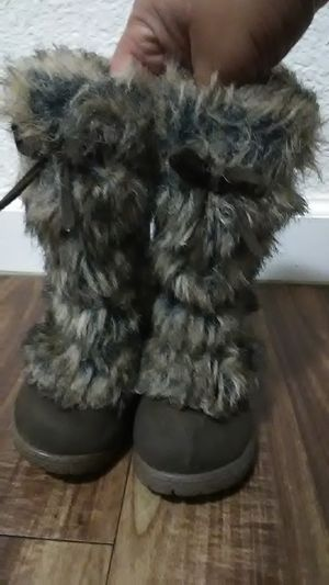 Toddler girl boots for Sale in Fresno, CA